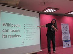 Christel Steigenberger, Wikipedia Workshop with Christel Steigenberger, EDU - 2017.11.23 (03).jpg