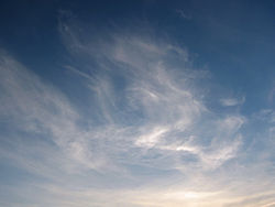 Cirrus-clouds-warsaw-may-22-2005.jpg