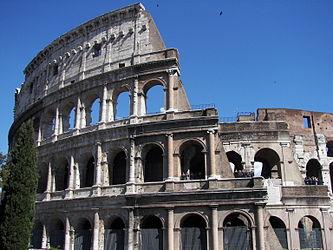 Colosseum (Rome) 15.jpg