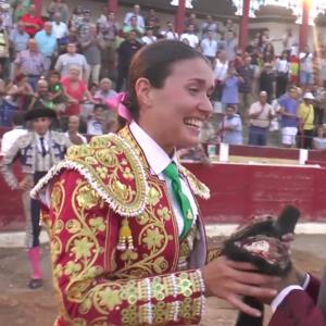 Conchi Ríos - Image: Conchi Reyes Rios bullfighting in 2016 04