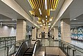 Concourse of Lucheng Station (20180728153702).jpg