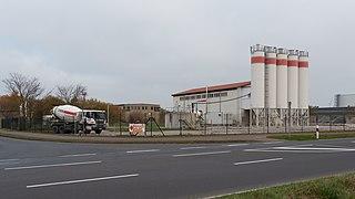 Concrete plant, Ahrenshagen-Daskow (P1090302).jpg