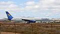 Condor B757-300 D-ABOB (4185952368).jpg