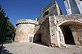 Conversano, torrione delle mura medievali - panoramio.jpg