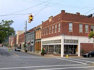 Court Avenue in Sevierville, Tennessee. Court ...