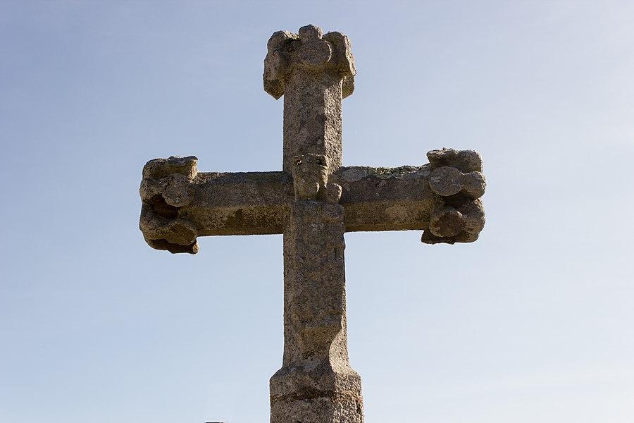 Croix de cimetière de Saint-Juéry: Face arrière
