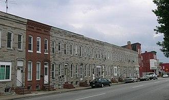 Curtis Bay, Baltimore - Image: Curtis Bay, rowhomes (20982464933)