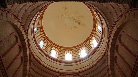 Dôme de l'église Notre-Dame de Lapeyrouse (Tarn-et-Garonne).jpg