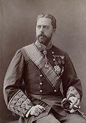 D. Carlos de Borbón y de Austria-Este smoking.jpg