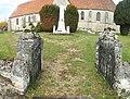 Dampierre-en-Bray-FR-76-accès église-01.jpg