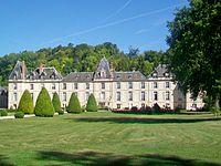 Dampsmesnil (27), hameau d'Aveny, château, façade sud.jpg
