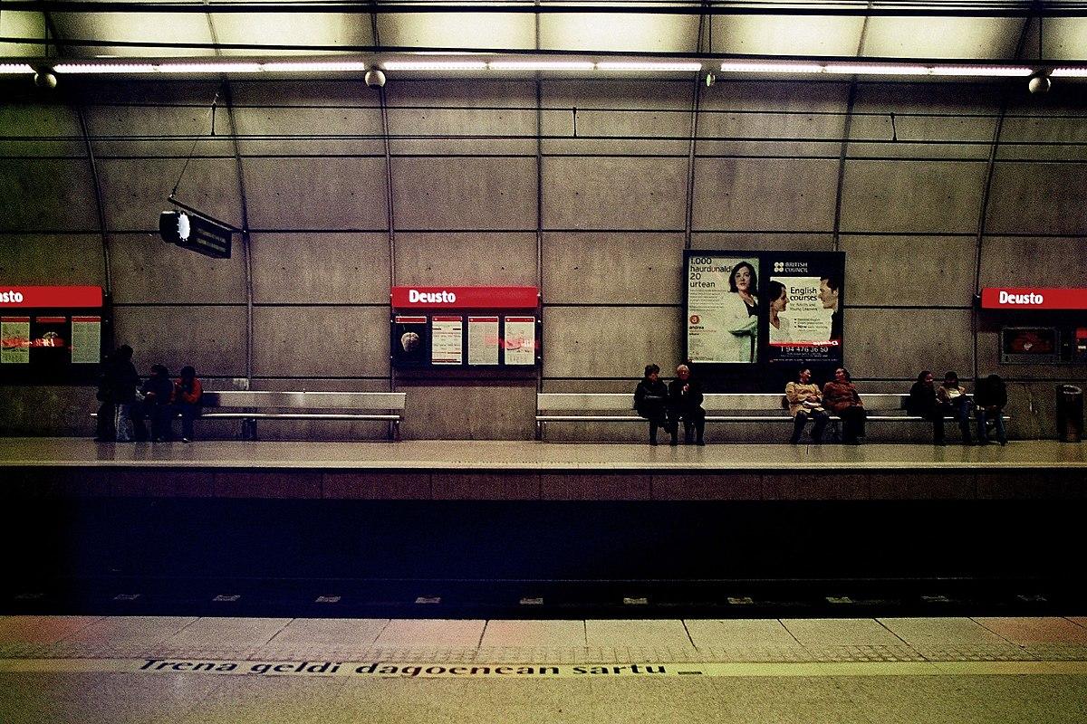 Deusto metro bilbao wikipedia for Oficinas metro bilbao