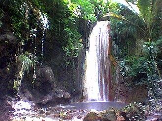 Soufrière Estate - Diamond Falls