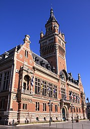 Dunkerque Town Hall.jpg