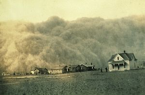 Stratford, Texas - Dust storm approaching Stratford on April 18, 1935.