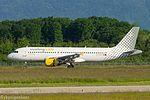 EC-MAX Airbus A320-214 A320 - VLG (26718867733).jpg
