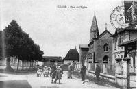 Eclose, place de l'église en 1918, p 79 de L'Isère les 533 communes - cliché Bennet, Eclose.tif