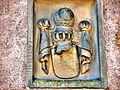 Ecusson au-dessus de la porte du château de Bucheneck.jpg