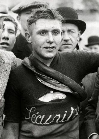 Edgard De Caluwé - At the 1933 Tour of Flanders