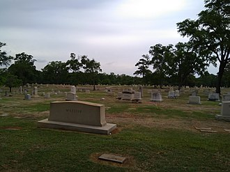 Elmwood Cemetery (Birmingham, Alabama) - A view across some of the older burials, dating from the early 1900s.