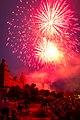 Eröffnungs Feuerwerk Volksfest Aschaffenburg 2014 (14463243124).jpg