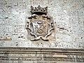 Escudo de la casa en el Palacio de los Villena.jpg