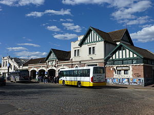 Banfield, Buenos Aires - Banfield railway station