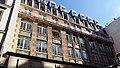 Façade du bâtiment au numéro 18 de la rue du Faubourg du Temple, Paris.jpg