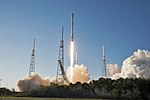 Falcon 9 takes off with TESS 03.jpg