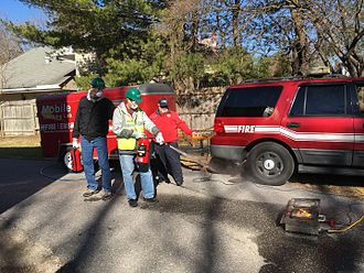 Community emergency response team - On February 5, 2017, Community Emergency Response team training in Berwyn Heights, Maryland with two members putting out a fire.