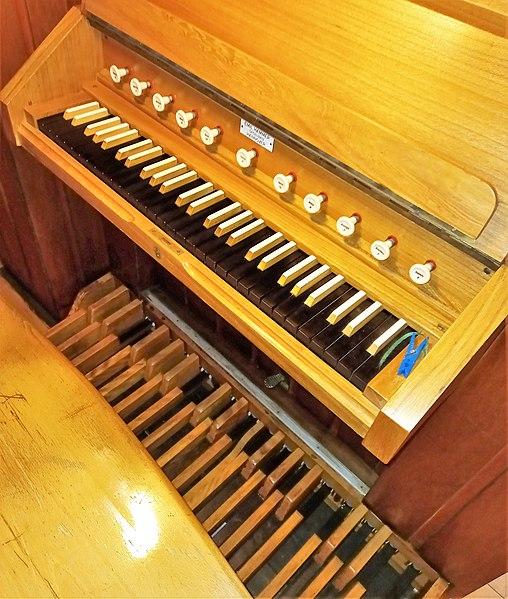 Datei:Fischbach-Camphausen, Evangelische Kirche (Hammer-Orgel) (7).jpg