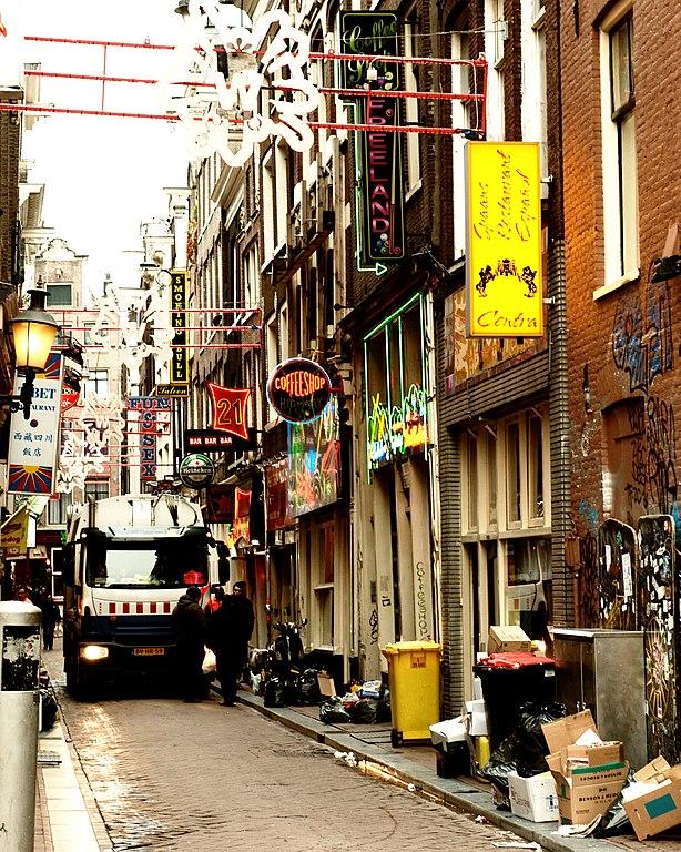 Ruelle du Quartier rouge d'Amsterdam, photo de Jos van Zetten