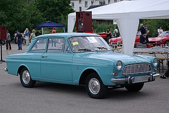 Genk Body & Assembly - Image: Ford Taunus P4 12m BW 1