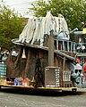 Fremont Solstice Parade 2010 - 256 (4720273616).jpg