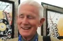 Arquivo: professor de francês falando fluentemente Amazigh.webm