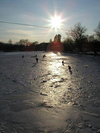 Uzh River - The Uzh, near Nevitske, in a frozen state.