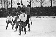Fußballspiel Holstein Kiel gegen Arminia Bielefeld im DFB-Pokal, 3-1 (Kiel 77.662)