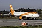 G-EZTK A320 easyJet OPO.jpg