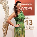 Gala-Nacht des Sports 2013 Wien red carpet Mirna Jukic.jpg