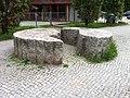 Gespaltener Granitkreis Spandau1.jpg
