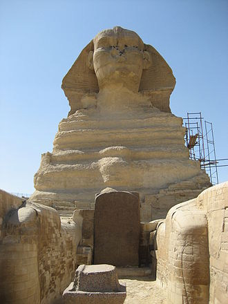 Giovanni Battista Caviglia - The Dream Stele of Thutmose IV between the paws of the Sphinx