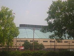 Hirsch Memorial Coliseum - Image: H Irsch Coliseum, Shreveport, LA IMG 1354
