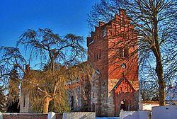 Halsted Kirke-crop.jpg