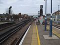 Herne Hill stn southbound platform 3 look north3.JPG