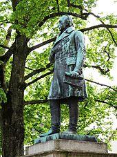 Peter-Friedrich-Ludwig-Denkmal von Karl Gundelach auf dem Schlossplatz in Oldenburg (1893). (Quelle: Wikimedia)
