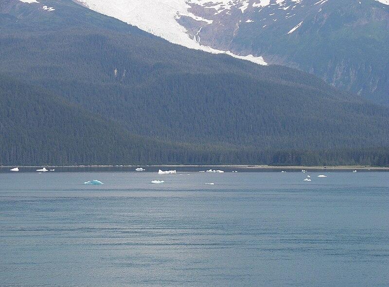 File:Holkham Bay under Sumdum Glacier.jpg