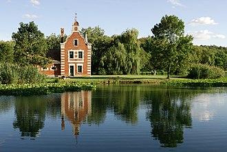 Fejér County - Image: Hollandi ház (3601. számú műemlék) 4