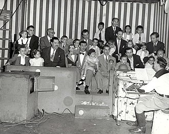 Paul Winchell - Winchell with his older daughter and Jerry Mahoney in the Howdy Doody studio audience, circa 1948.