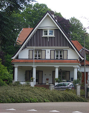 Molenberg - Land house attorney Wijnands (Frits Peutz, 1919), at the bottom of the Molenberglaan