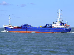 Hydra 02 leaving Port of Rotterdam, Holland 29-Aug-2007.jpg
